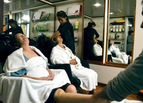 MV Mahabaahu Interior Spa Massage