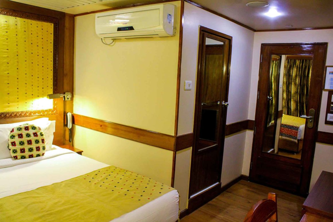 MV Mahabaahu Superior without Balcony Cabin (8)