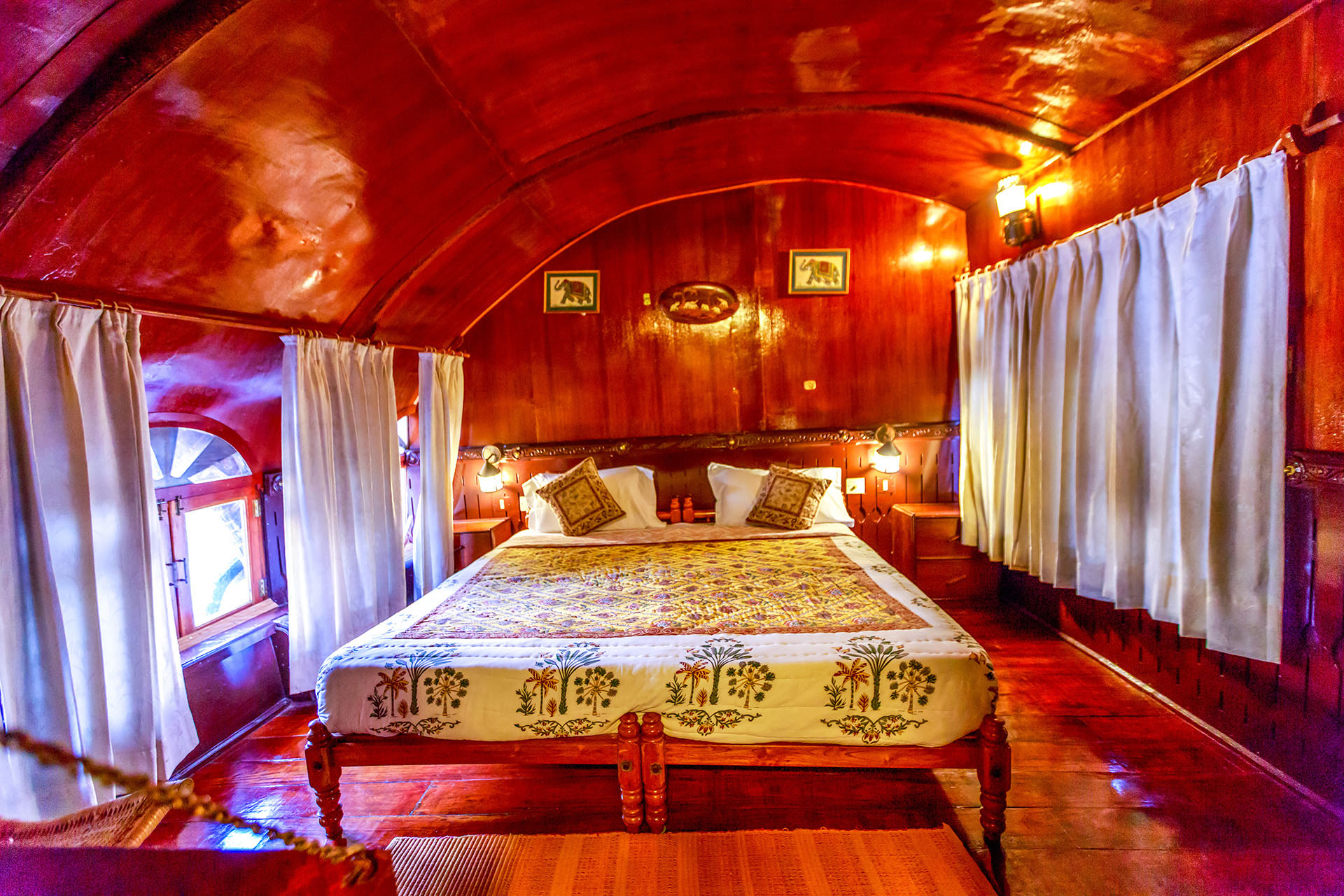 Cabin onboard RV Vaikundam Backwaters River Cruise