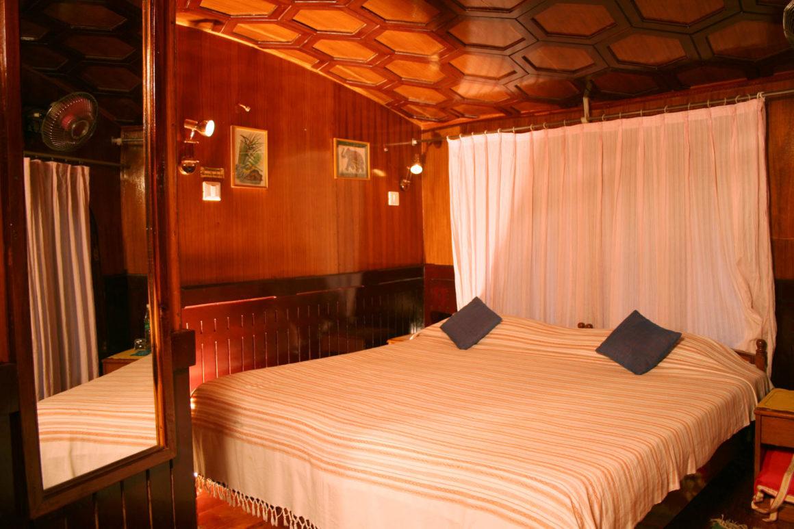 Cabins RV Vaikundam Backwaters Kerala