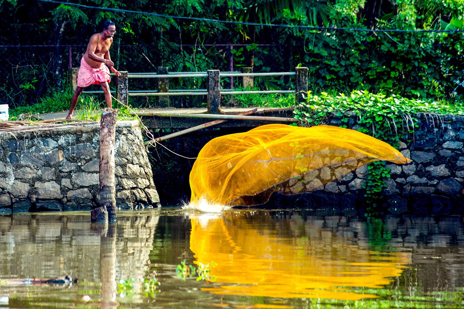 Fishing at Lake Vembanad Kerala